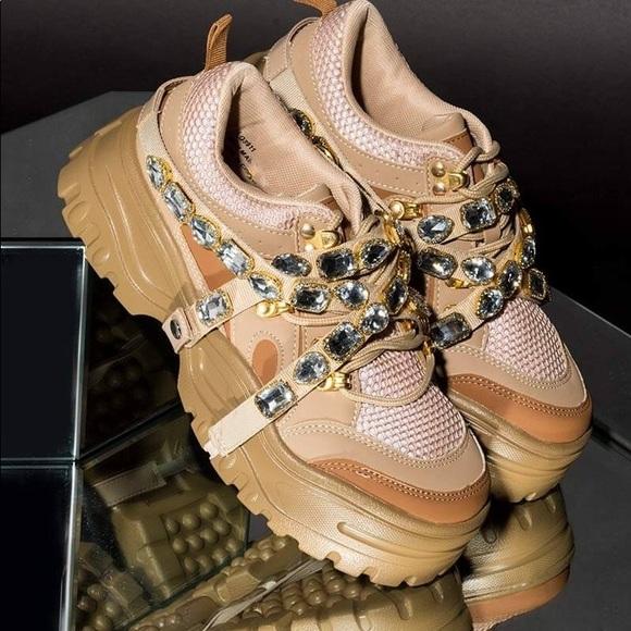 17344db0c7 Cape Robbin Shoes | New Chunk Fever Platform Sneakers | Poshmark